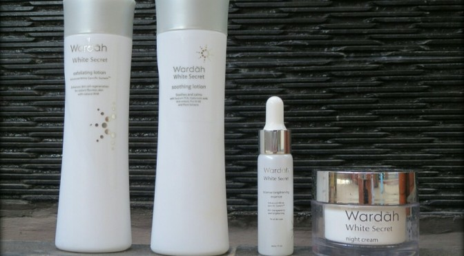 REVIEW: Night Time Skincare Routine with Wardah White Secret